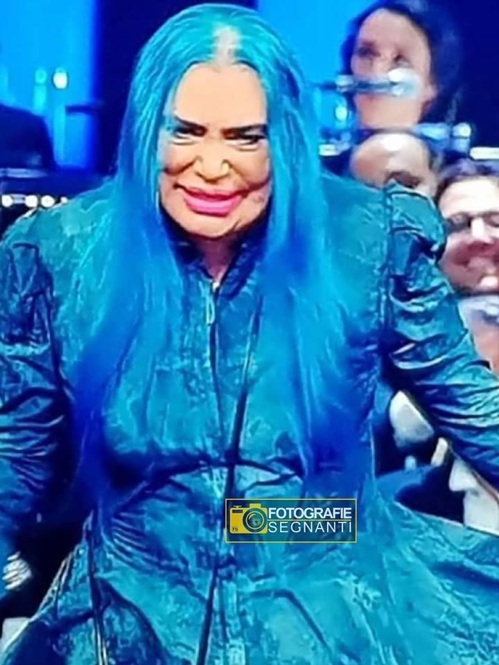 Roma, febbraio 2019 Un burlone Bruno Vespa prova il costume da Fata Turchina per il Carnevale di Viareggio.