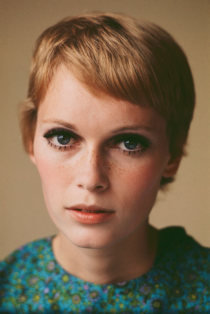 Mia Farrow, 1967. - Photo by Terry ONeill #Mia Farrow#Terry O'Neill#portrait#art photography#photography#60s icons#old hollywood#hollywood#1960s aesthetic#1960s makeup#1960s models#1960s#60s aesthetic#flower power#sixties#pop icon#pop culture#Actress