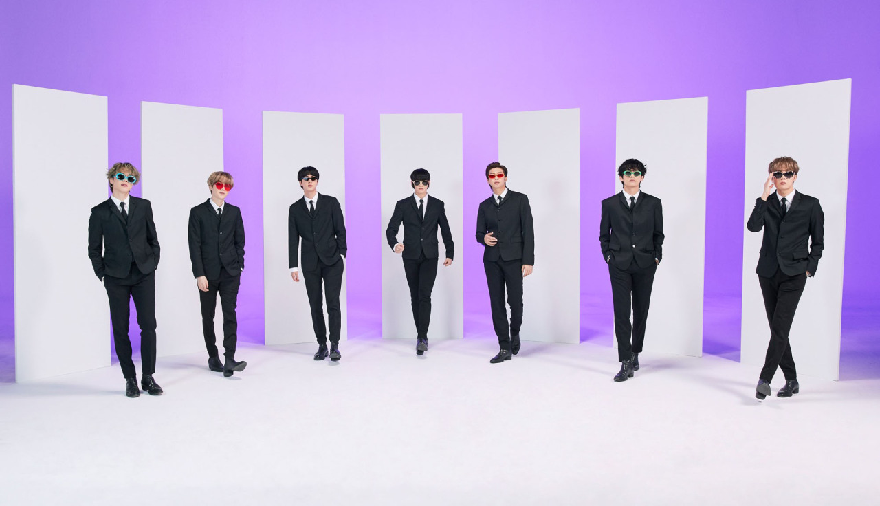 bangtan out here to catch some aliens #bts#bangtan boys #get it bc theyre the men in black #festa 2020#btsedit#mine