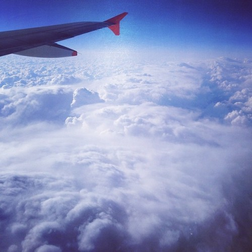 jetstarjapan clouds ジェットスター jetstar airlines