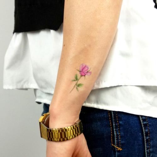 Pink rose temporary tattoo designed by tattoo artist Mini Lau,... flower;minilau;rose;nature;temporary;pink rose
