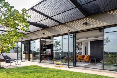 Bare House / Jacobs Yaniv Architectsph: Amit Geron