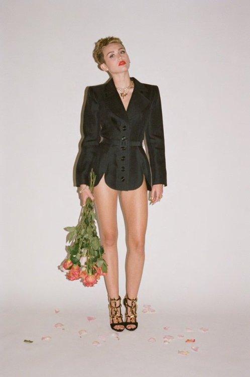Miley cyrus bangerz album | Tumblr
