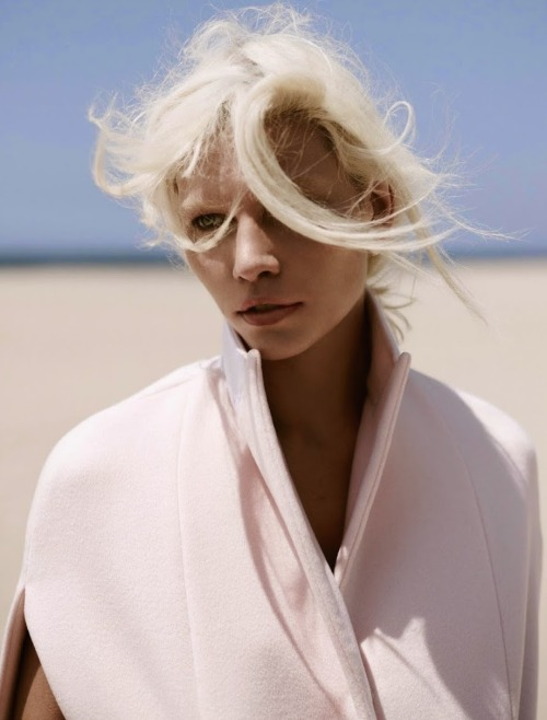 Aline Weber Annemarieke van Drimmelen Vogue Netherlands Vogue editorial beauty