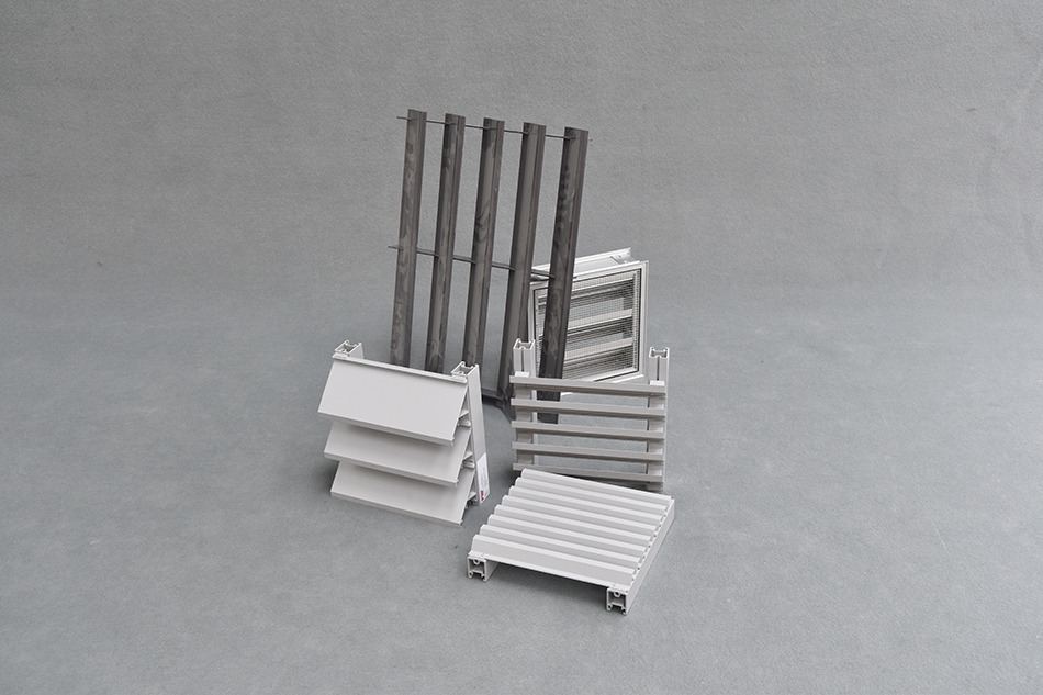 élements-en-métal-pantin-dimensions-variables