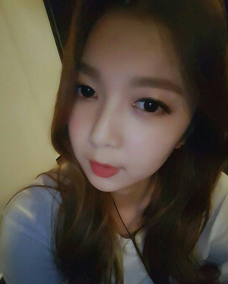 "[TRANS] (160701) MINX #밍스 Twitter Update ""[#Minx #Dami] It's past midnight~~~~~ Goodnight, everyone """