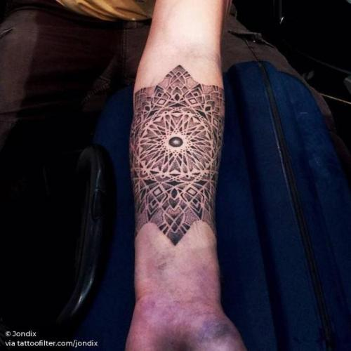 By Jondix, done at 17th Stockholm Ink Bash, Stockholm.... dotwork;of sacred geometry shapes;mandala;facebook;twitter;jondix;sacred geometry;inner forearm;medium size