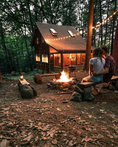 autumn cozy autumn fall outdoor photography rustic cabin campfire herbst jesień l& 039;automne autumn forest autumna cosy autunno otoño gildedautumnvelvet