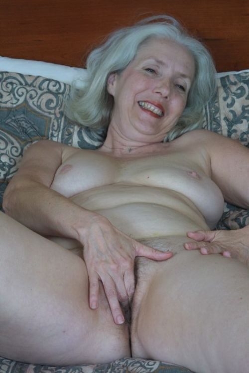 Ladies Who Want To Fuck 44