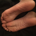 blog logo of Male w/ A FootFetish