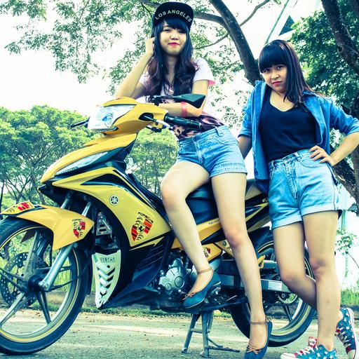 Hot girl riding a Yamaha Fz150i in Danang | #Yamaha #