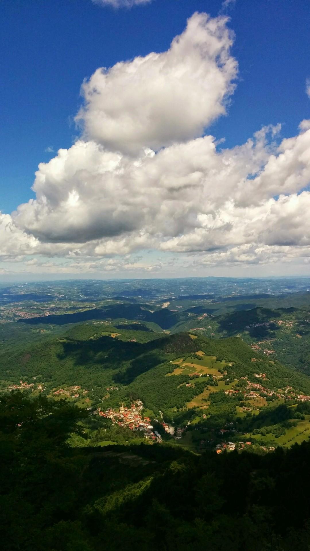 frabosa-vista-da-monte-moro-maggio-2015