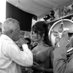Sophia Loren, Vittorio De Sica (source: The Red List)