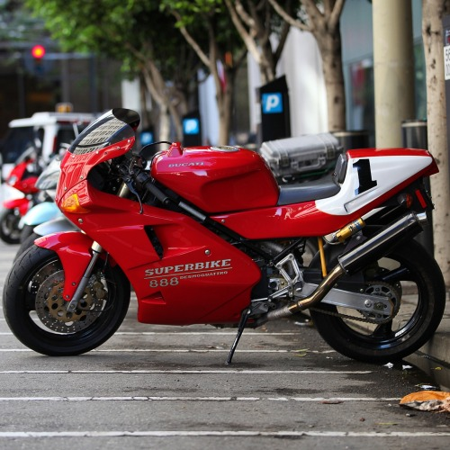 Ducati 888, the bike that Doug Polen won the Superbike World Championship on in '91/'92, hence the#1on the tail section