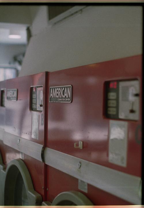 laundromat american film 35mm shotonfilm olympuspenft halfframe montreal red filmisnotdead dope americana