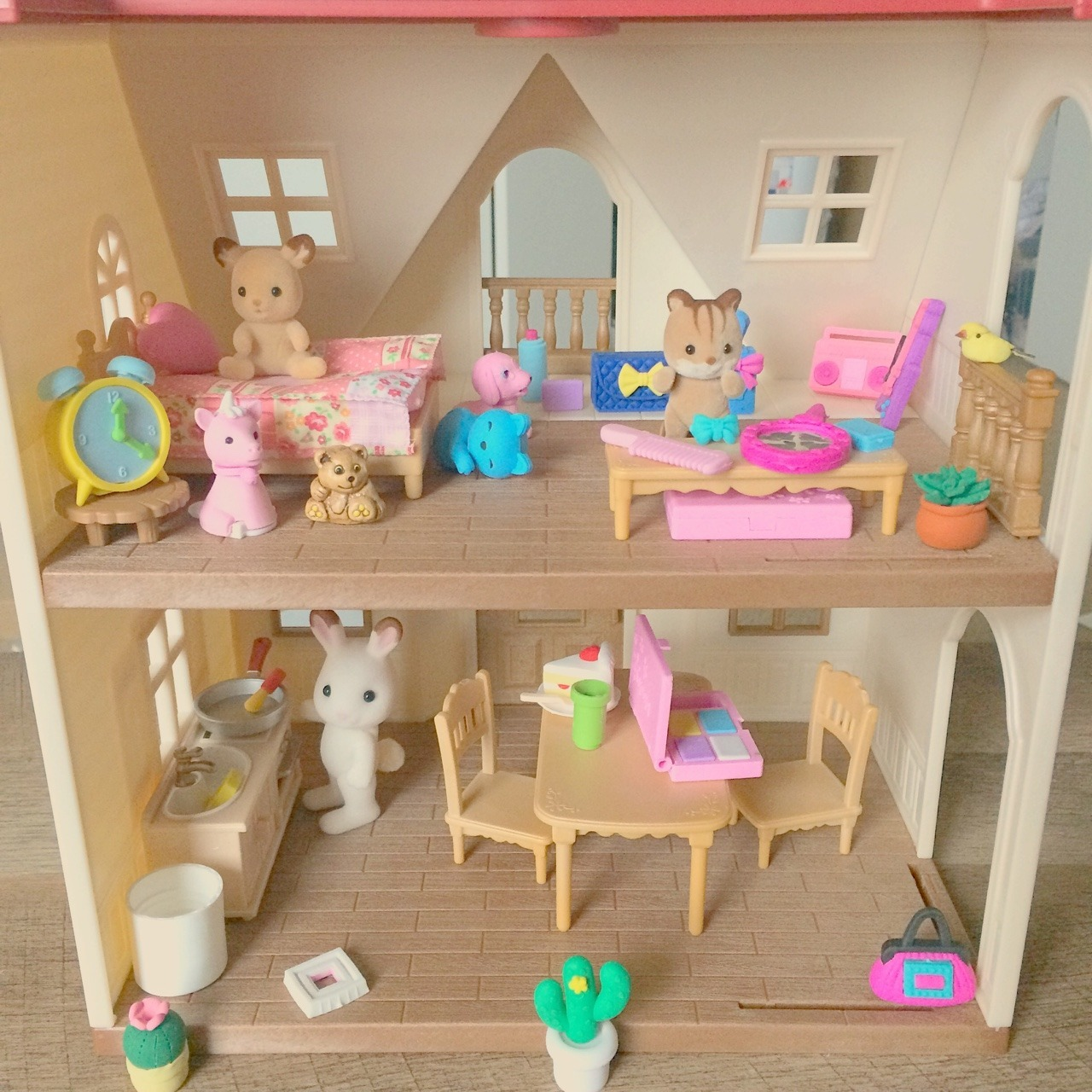 #finds#calico critters#sylvanian families#toys#mini#🌈#dollhouse