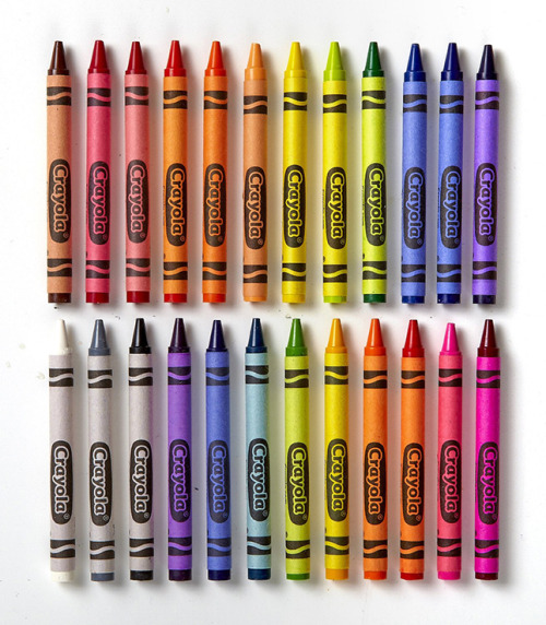 crayola crayons rainbow things organized neatly colors art