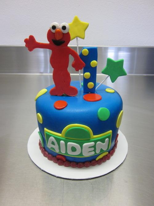 Strange Ele Makes Cakes Elmo 1St Birthday Cake Personalised Birthday Cards Epsylily Jamesorg