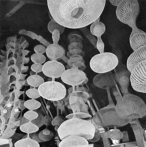 ruth asawa wire sculpture metal sculpture metal work handcraft american art japanese art sculpture modern art modern sculpture abstract art interior decoration black and white san francisco 1970s Scandinavian Collectors modernism