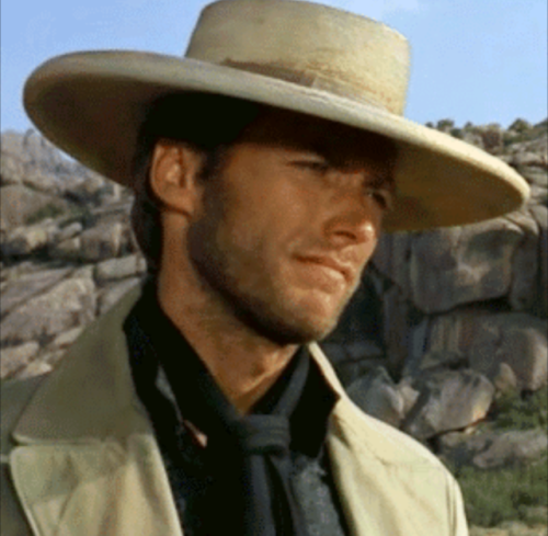 Clint Eastwood outfits in RDR2 as requested by