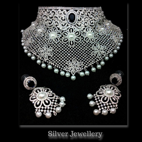 Let your star shine wherever you go ⭐️ SILgo Silver Necklace Set. #necklaces