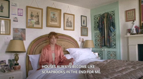 vivienvalentino:   My Place: Florence Welch #i will always reblog sets from this video