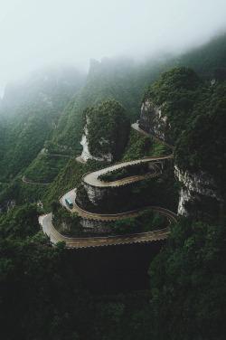 ikwt:Wet Roads (reycanlasjr)