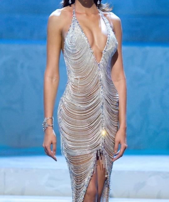early 2000s supermodel | Tumblr