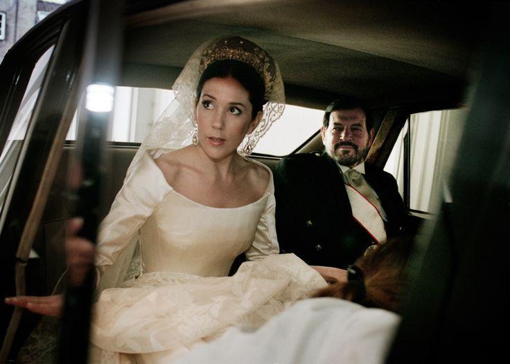 Наследная Принцесса Дании Мария и ее отец в день свадьбы
