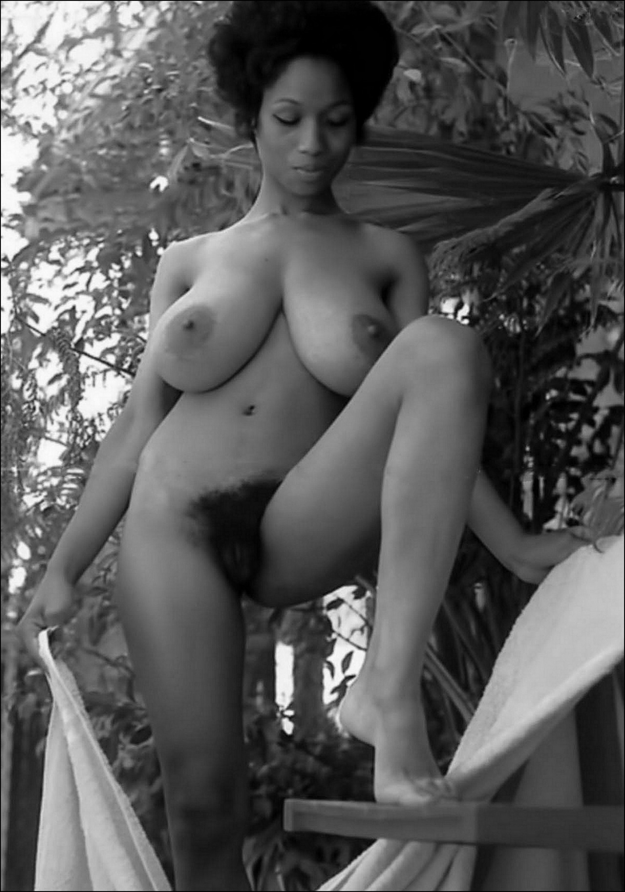 Above 70s black actresses nude