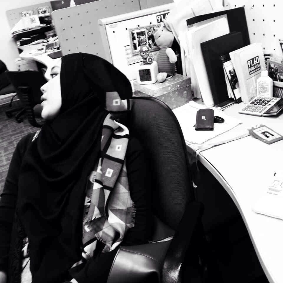 Wanita akhlak dan hijab aku wanita biasa akhlak ku belum sempurna hijab ku