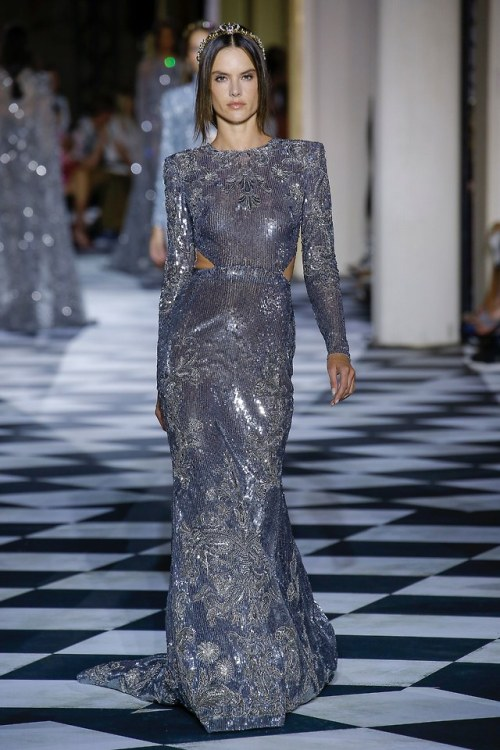 photo credit: vogue zuhair murad zuhair murad fall 2018 couture fall 2018 couture fall looks runway