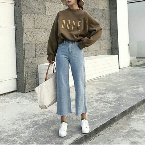 fashionstreet korea fashion korean fashion street fashion fashion ootdstyle ootd ideas ootdshare ootd outfitoftheday tumblrgirl art pretty cute girls cute tumblr outfit kfashion