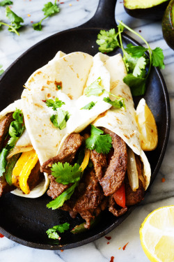 hoardingrecipes:Easy and Quick 30 Minute Beef Fajita