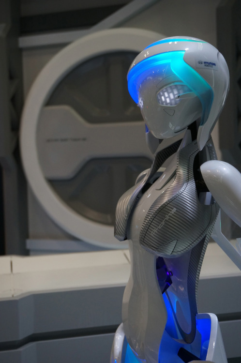 gynoid cyberpunk android advanced reality Hyundai Android cybernetic carbonite Synthetic Heart female robot science fiction in reality