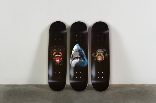 Givenchy tisci skate deck Skate decks RTTWLR Rottweiler Shark Supreme