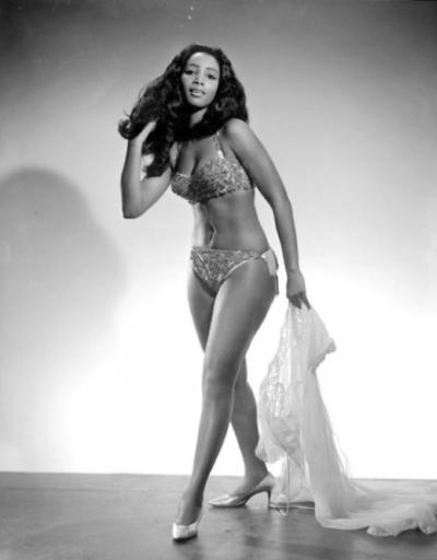 Ebony sexy dames